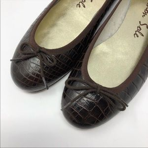 NEW London Sole Ballet Flats Brown Croc Stamped 7